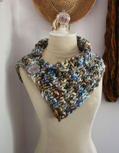 Ravelry: Granite Cowl / Neckwarmer pattern by Brenda Lavell / Phydeaux Designs & Fiber $3