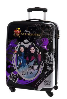 Descendants Wicked World, Disney Channel Descendants, Descendants Costumes, Descendants Cast, Descendants Characters, Disney Princess Pictures, Shopping World, Day Wishes, Toys For Girls