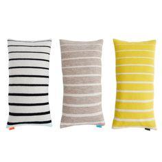 http://www.thehomestory.de/wp-content/uploads/OYOY-Kissen-Simple-Cushion-Yellow-White-TheHomeStory.jpg