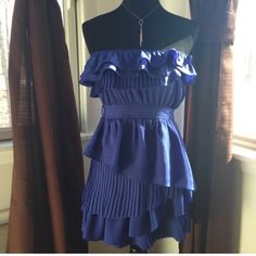Euc Double Zero Dress
