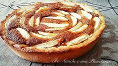 La torta della nonna di Ernst Knam è una torta di mele del celebre pasticciere. Assolutamente da provare! Sweet Corner, Pear Cake, Valentine Desserts, Sweet Tarts, Baked Apples, Sweet And Salty, Sweet Recipes, Good Food, Food Porn