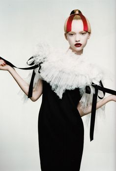 Australian Gemma Ward made her runway debut at age 15.  In 2004, sixteen year old Ward was the youngest model to appear on American Vogue.  [photo: Patrick Demarchelier]