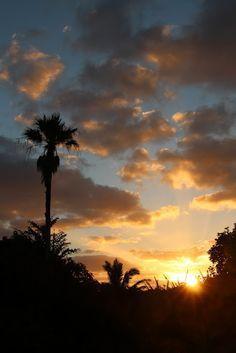 Huelo Point Sunrise, Maui, Hawaii