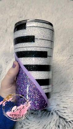 Diy Tumblers, Custom Tumblers, Diy Wine Glasses, Wedding Thank You Gifts, Insulated Cups, Custom Cups, Glitter Cups, Tumbler Designs, Diy Bottle