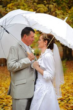 Castle wedding in Bojnice, Slovakia, Europe, 2012 - another wedding in yellow fall leaves, another rain for happiness and another nice smiling couple. Lace Wedding, Wedding Dresses, Fall Leaves, Castle, Rain, Happiness, Europe, Weddings, Yellow