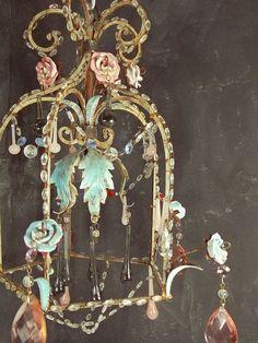 Vintage elements floral chandelier