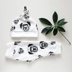 Border Terrier Organic Baby Leggings And Hat, Dog And Baby Announcement, Dog Lover Baby Shower Gift, Gender Neutral Organic Baby Clothes Gifts For Dog Owners, Dog Lover Gifts, Organic Baby Clothes, Baby Kids Clothes, Baby Shower Themes, Baby Shower Gifts, Hipster Babies, Border Terrier, Baby Leggings
