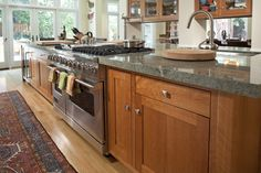 Kitchen Costa Esmerelda granite