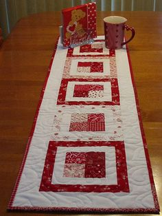 tablerunner 2, via Flickr.