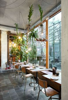 Restaurant Little V Rotterdam_MASA architects (Hiroki MAtsuura + René SAngers)_© Filip Dujardin-07