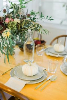 A Simple Fall Tablescape