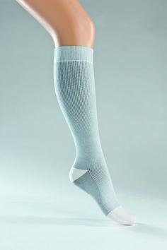 #compressionstockings #compression #stockings #saltandpepper www.juzo.com