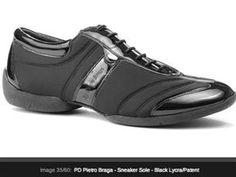 """La scarpa da ballo standard altamente innovativa per i suoi materiali studiati e selezionati da me Pietro Braga è una scarpa ormai conosciuta ed apprezzata in tutto il mondo della danza sportiva e amatoriale il materiale """"neoprene actiwear traspirante"""" con il quale è realizzata, garantisce massima traspirabilità e permette alla scarpa di auto modellarsi sulla forma del piede, dando la possibilità e l'utilizzo perfetto. Consigliata per qualunque ballerino! Omologata per le competizioni di ..."""