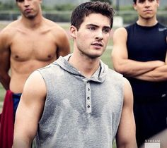Cody Christian in All American ! Cody Christian, Sterek, Hot Actors, Actors & Actresses, Beautiful Boys, Pretty Boys, Bad Boys, Meninos Teen Wolf, Theo Raeken
