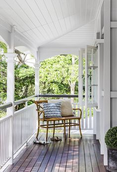 Queenslander veranda: white painted wood railing/balustrade, timber decking, white wood panelling on ceiling, French windows, leafy outlook Veranda Railing, Deck Railings, Wood Railing, Deck Balustrade Ideas, Porch Veranda, Porches, Hamptons Style Decor, The Hamptons, Hamptons House