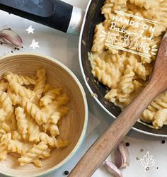 Healthy butternut squash pasta sauce - Easy Baby Led Feeding Recipes that promote baby led weaning.