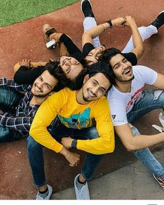 They hate us because they ain't us! Best Poses For Boys, Good Poses, Poses For Men, Attitude Quotes For Girls, Girl Quotes, Tv Actors, Actors & Actresses, Photoshoot Pose Boy, Football Workouts