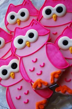 Fabulously adorable Pink Owl Cookies. #owls #birds #pink #cookies #decorated #food #baking #dessert #cute