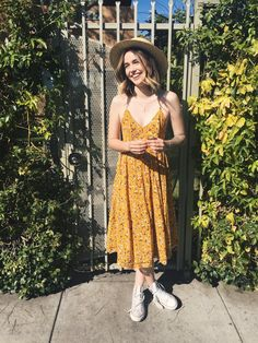 urban outfitters dress https://www.amazon.com/s/ref=as_li_ss_tl?rh=n:7141123011,n:7147440011,n:1040660,n:1045024&bbn=1040660&ie=UTF8&linkCode=ll2&tag=jrivera1990-20&linkId=7661a895d0bdd59fae4eaeccce13b9a4