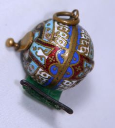 ~CLOISONNE. TAPE MEASURE~. MATERIAL: BRASS,SILK. WIND-UP TAPE : EXCELLENT. VALUE INDEX: R. Be sure to add me to your favorites list !   eBay!
