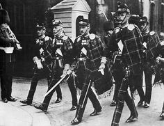 The Scottish Military Research Group: Who's Who in Scottish Military History - David Niven, The Highland Light Brigade, David hated it that this was the regiment to which he was assigned; plaid pants!