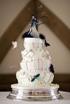 Corpse Bride Wedding Cake photo by STUDIO 1208