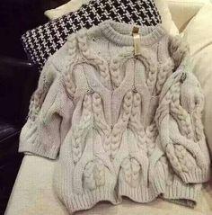 Вязаная кремовая кофта женская с крупным орнаментом в интернет-магазине Шопоголик