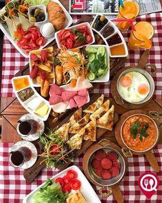 Where to Eat , Brunch, Breakfast Around The World, Bagel Bar, Breakfast Platter, Baklava Recipe, Turkish Breakfast, Omelette Recipe, Korean Street Food, Food Displays