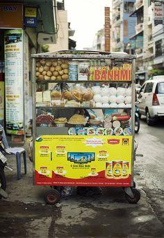 Banh Mi Cart In Vietnam - Vietnamese Style Sandwich