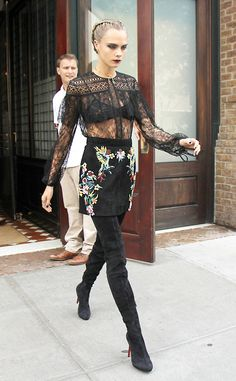 Gothic chic: Cara Delevingne was putting on yet another seriously stylish display as she left her hotel in New York City on Saturday Informations About Cara Delevingne flashes bra in sheer lace top pr Gothic Chic, Fashion Week, Look Fashion, Fashion Models, Fashion Trends, Fashion Black, Gothic Fashion, Trendy Fashion, Lingerie Look