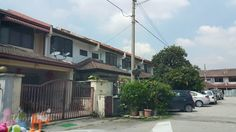 Taman Sri Manja, PJS 3, Petaling Jaya - Double Storey House TAMAN SRI MANJA,PJS 3 PETALING JAYA  – Intermediate – BUILT-UP 20×65 – Renovated Extended front and back – Built-in wardrobe – Kitchen Cabinet  Taman Sri Manja Petaling Jaya, Selangor Taman Sri Manja is located in PJ South, between the border of Selangor and Kuala Lumpur, where you can find lots of commercial centre situated in this matured surrounding. Buildings here include 1120