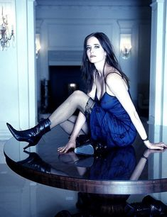 Eva Green Images, Green Pictures, Vanessa Ives, Actress Eva Green, Green Ankle Boots, Bond Girls, Swimwear Sale, French Actress, Celebs