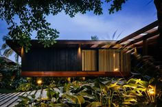 Image 3 of 23 from gallery of RT Residence / Jacobsen Arquitetura. Photograph by Pedro Kok