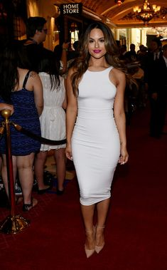 Pia Toscano arrives on the red carpet prior to the 2014 NHL Awards at Encore Las Vegas on June 24, 2014 in Las Vegas, Nevada.