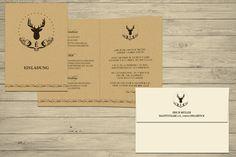 Einladung zum 50. Geburtstag eines Jägers, mit Hirschkopf, auf Naturpapier gedruckt. Adresstempel mit Logo auf der Rückseite des Umschlages ©passion4paper.de www.die-edle-karte.de
