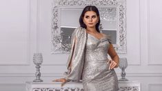 Menna Arafa looks different.      Egyptian actress Menna Arafa sparked controversy over her latest appearance...
