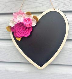 Felt Flower Sign, Heart Sign, Valentines Sign, Felt Flower Heart, Felt Flower Chalkboard, Valentines Decor, Nursery Sign, Chalkboard Heart by CraftsByID on Etsy https://www.etsy.com/listing/505765069/felt-flower-sign-heart-sign-valentines