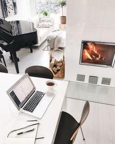 """Liisa Rintaniemi on Instagram: """"Syksyn ensimmäinen takkatuli on aina pikkuisen erityinen. Ennen vanhaan lämmityskausi alkoi kuulemma Mikkelinpäivästä (eli noin viikko…"""" Office Desk, My House, Furniture, Instagram, Home Decor, Desk Office, Decoration Home, Desk, Room Decor"""