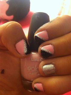 Easy to do light pick silver black short nail art!! Toe Designs, Nail Art Designs, Ambre Nails, Diy Nail Decorations, Basic White Girl, Short Nails Art, Mani Pedi, Diy Nails