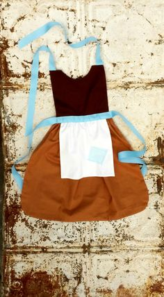 Working CINDERELLA. Sewing PATTERN. Disney inspired Child Costume Apron. Dress up. Play. Photo shoot prop. Fits 2t, 3t, 4, 5, 6, 7, 8. Girls... so cute! It looks easy to make.