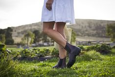 A slightly higher Chelsea boot provides comfort and increased ankle support. The #1352 pairs sweetly with a summer dress.  #blundstoneca #blundstone #womensboots #bootsanddresses #blundstoneboot #leatherboots Blundstone Boots, Leather Boots, Chelsea Boots, Footwear, Canada, Pairs, Ankle, Summer Dresses, How To Wear