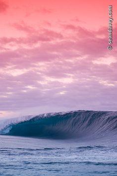 ✯ A tubing wave at Teahupoo in Tahiti.