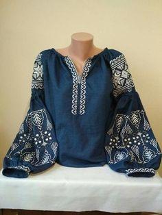 Джинсовая вышитая блуза Бохо
