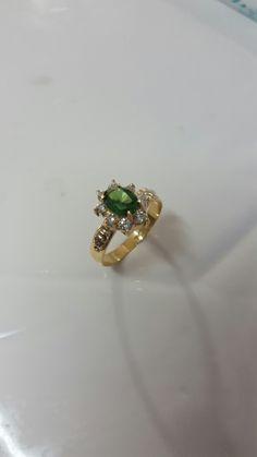 Esmeralda, diamante e ouro 18k. Anel de Formatura🎓