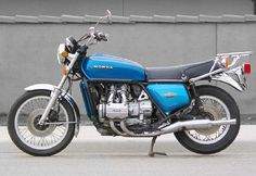 1978 Honda Goldwing , in 1981 mijn motor im absolutky in love with this bike Classic Honda Motorcycles, Honda Motorbikes, Honda Bikes, Cool Motorcycles, Vintage Motorcycles, Soichiro Honda, Retro Bike, Motorcycle Manufacturers, Japanese Motorcycle