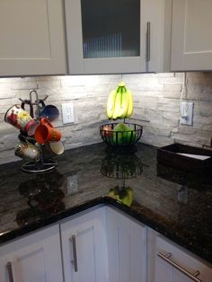 Cool Stone And Rock Kitchen Backsplashes That Wow