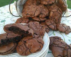 GALLETAS BROWNIE DE CHOCOLATE | Cheesecake, Cookies, Desserts, Food, Raspberry Tarts, Mug Brownie Recipes, Lyrics, Biscuits, Meal