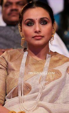 True Jewelz: Rani Mukherjee in Antique Gold and Pearl Jewellery