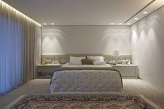 Valorizando os espaços. Veja: http://casadevalentina.com.br/projetos/detalhes/valorizando-os-espacos-573  #decor #decoracao #interior #design #casa #home #house #idea #ideia #detalhes #details #style #estilo #casadevalentina #bedroom #quarto