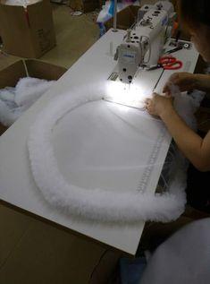 """https://vk.com/bridalfabrics?w=wall-47962129_66619%2Fall    как шьют платье """"облако"""".. Рюша там слоев 8 если не больше, диаметр круга большой, см 50-60, вообще именно на ТАКОГО качества платье уходит 150-200 м фатина"""